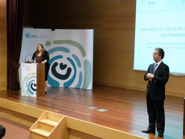 imagem de Carla Santos (vogal de administração da SPMS) e o formador Dr. João Amaral e Almeida