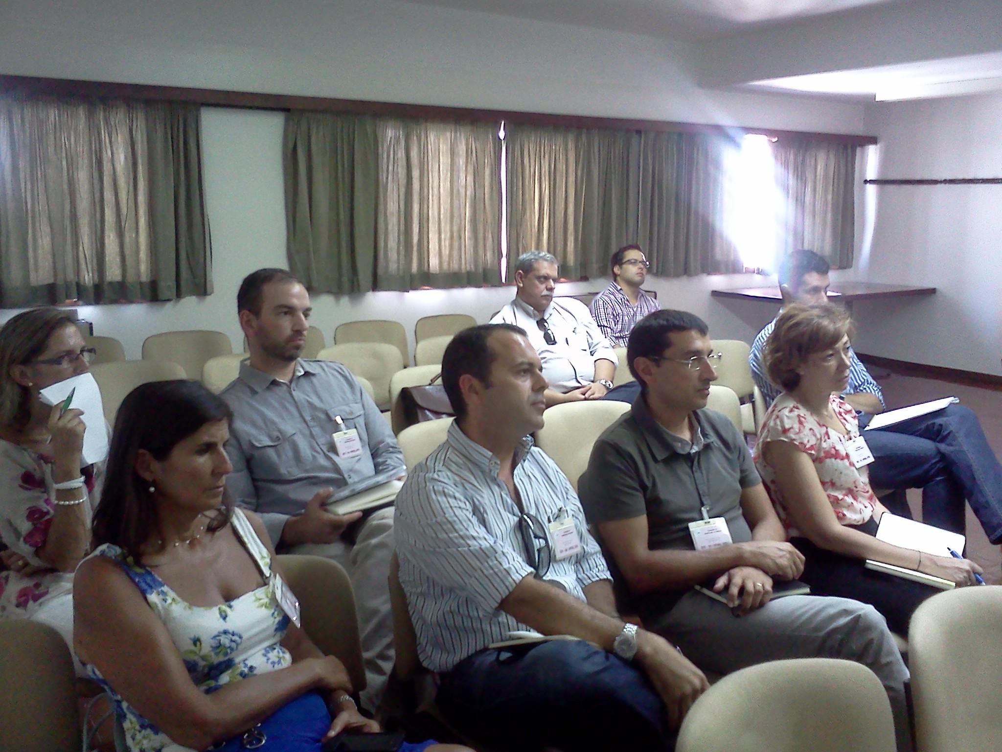 Imagem com o grupo de 'testers' presente no encontro