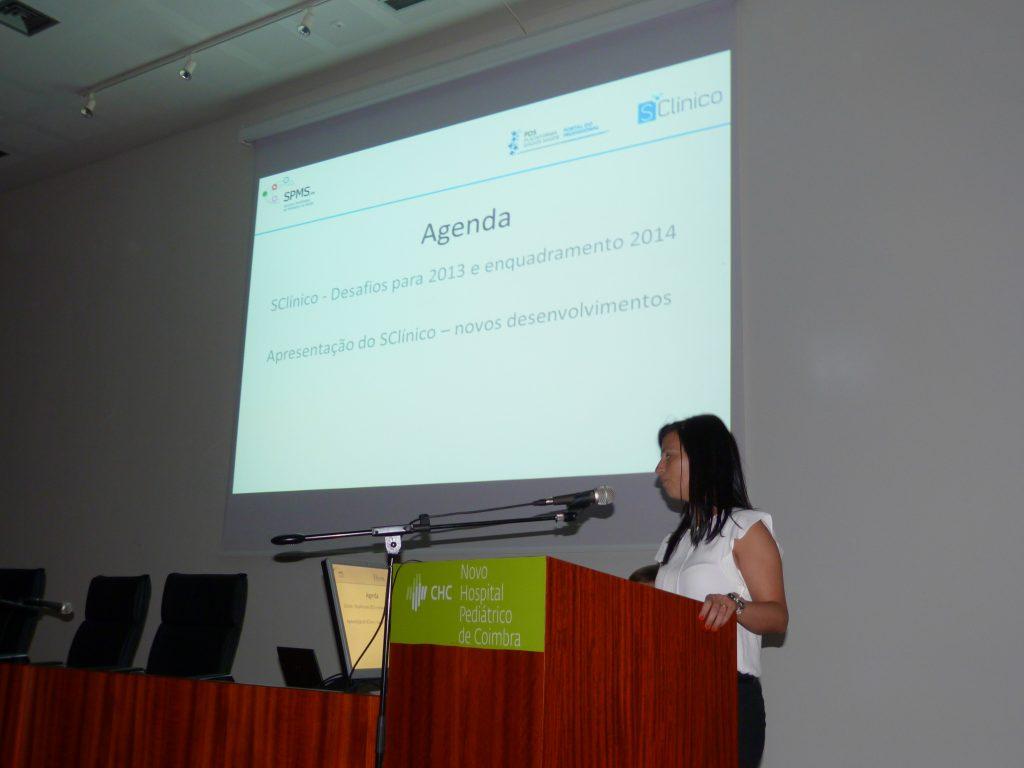 Sessão de apresentação da nova aplicação por Alexandra Cabral, gestora do projeto
