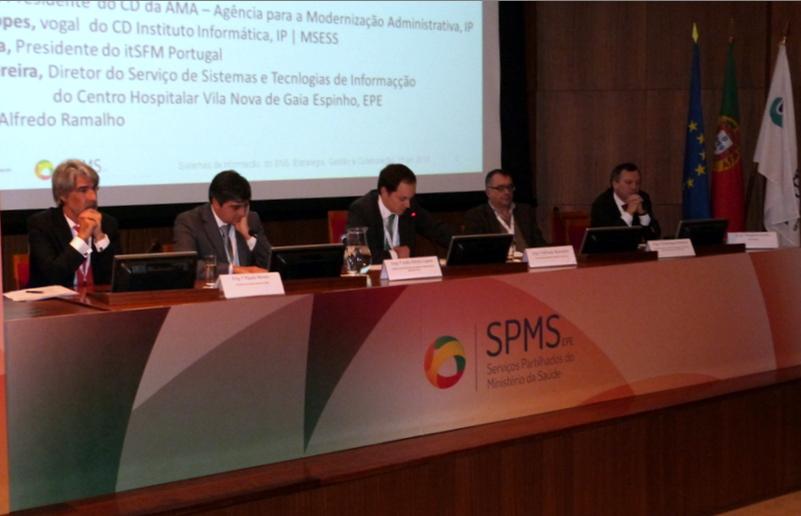 Participantes no 2º debate (da esquerda para a direita): Paulo Neves (AMA), João Mota Lopes (IISS), Alfredo Ramalho (SPMS), Domingos Pereira (CH vila Nova de Gaia/Espinho) e Rogério Costa (itSFM Portugal)