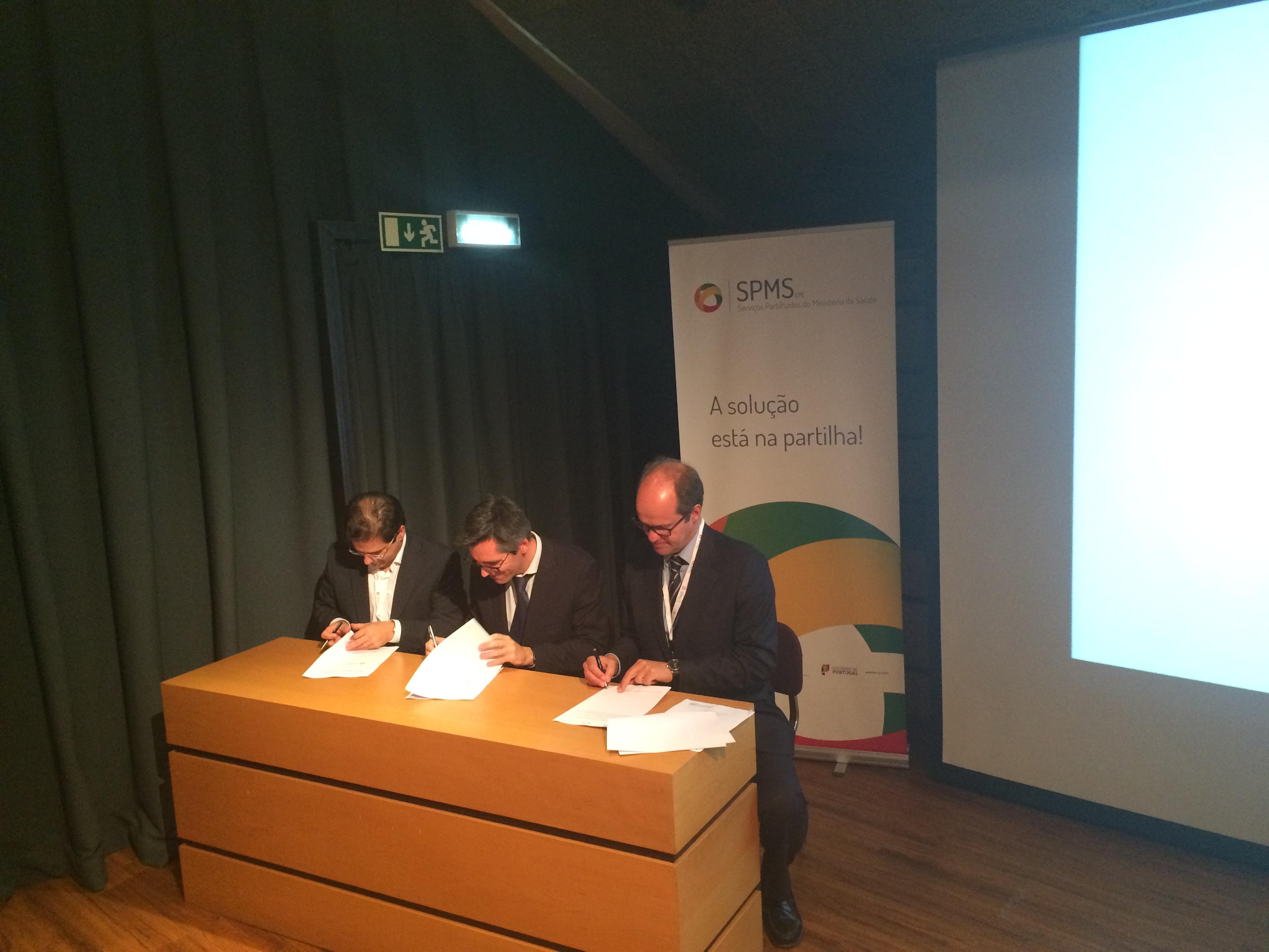 Assinatura do Plano de Arranque da Receita Sem Papel – SPMS   ACSS   ANF