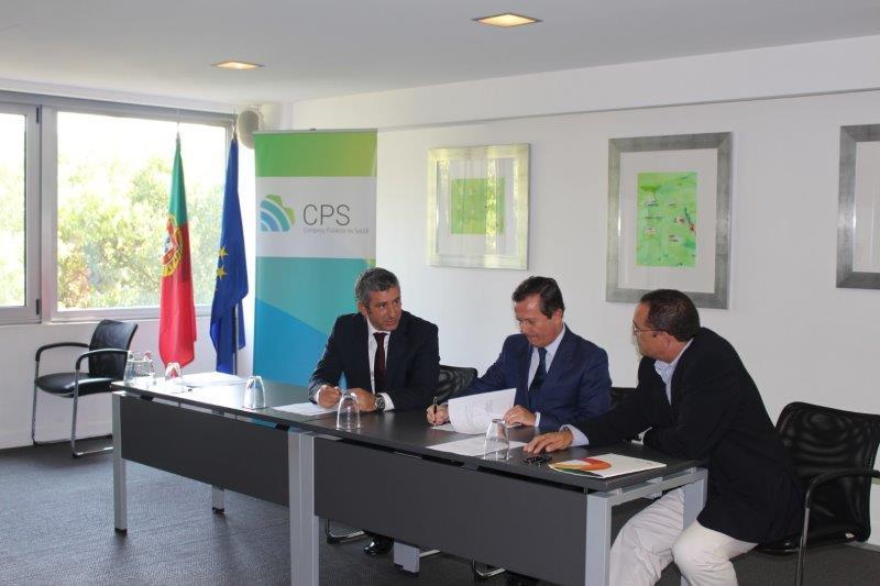 Vogal Executivo da SPMS, Artur Trindade Mimoso, Presidente da ACSS, Prof. Rui Ivo e representante da empresa Quadrantes