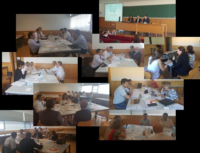 Grupos organizados por mesas de trabalho