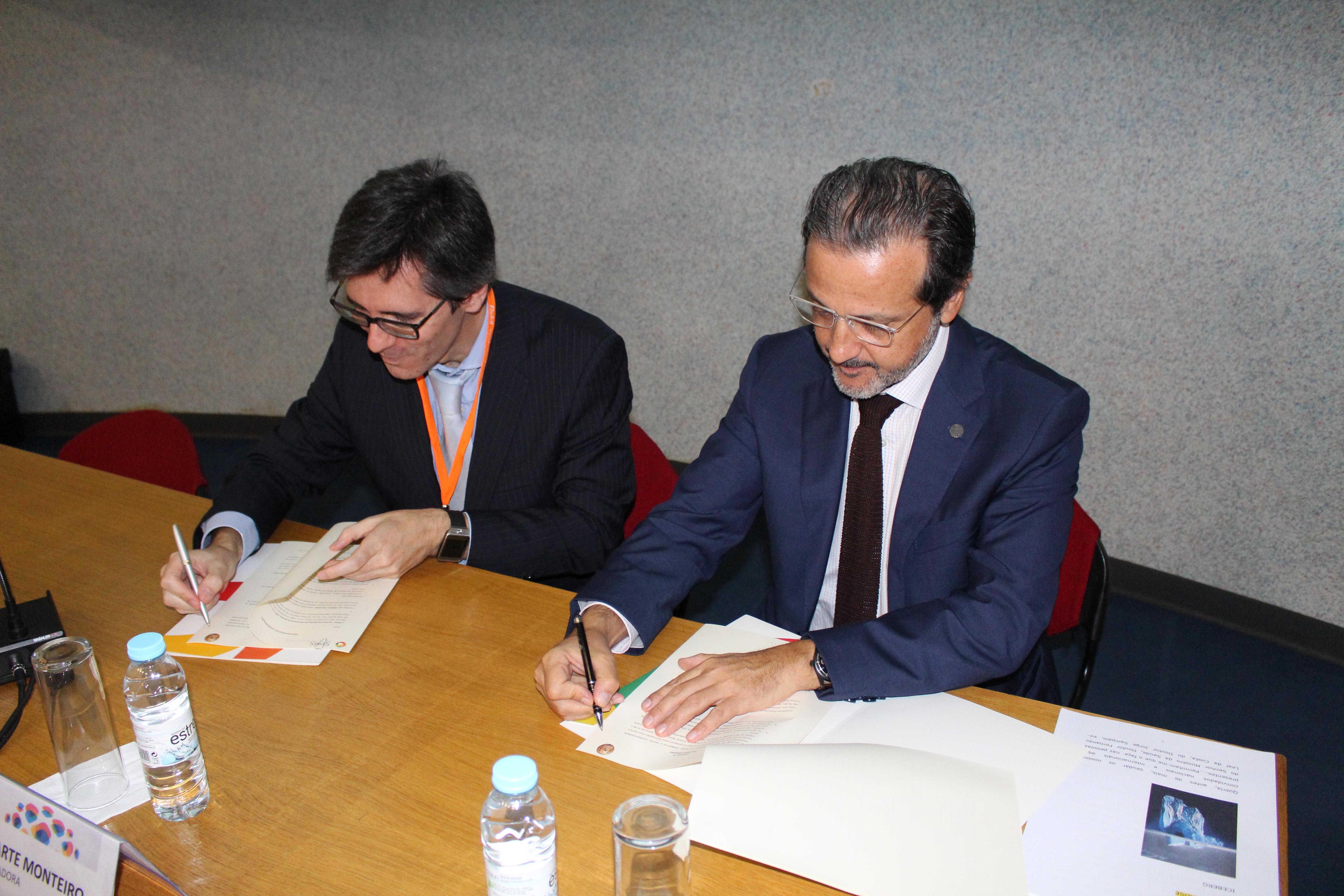 Henrique Martins, Presidente do Conselho de Administração da SPMS e Orlando Monteiro da Silva, Bastonário da ordem dos Médicos Dentistas