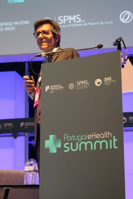 prof henrique_summit