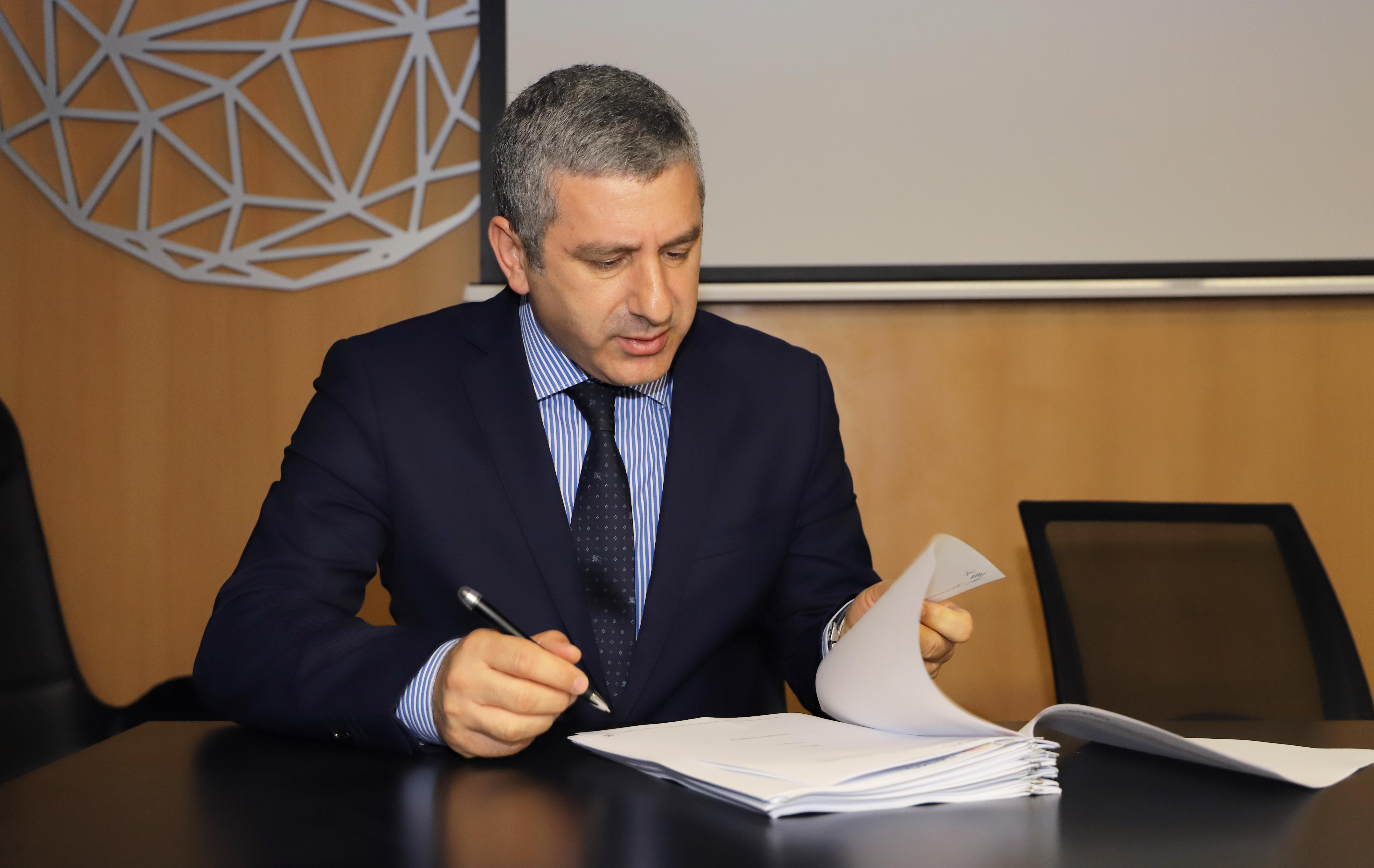 Acordo-Quadro para a concessão de exploração de máquinas de venda automática na área da saúde_dr artur