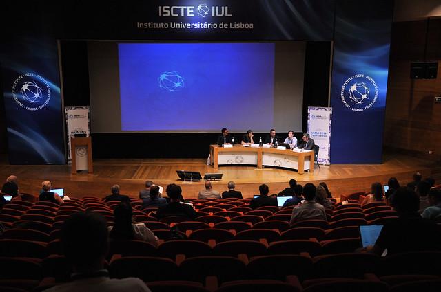 Professor Henrique Martins na IASIA Conference 2019 3