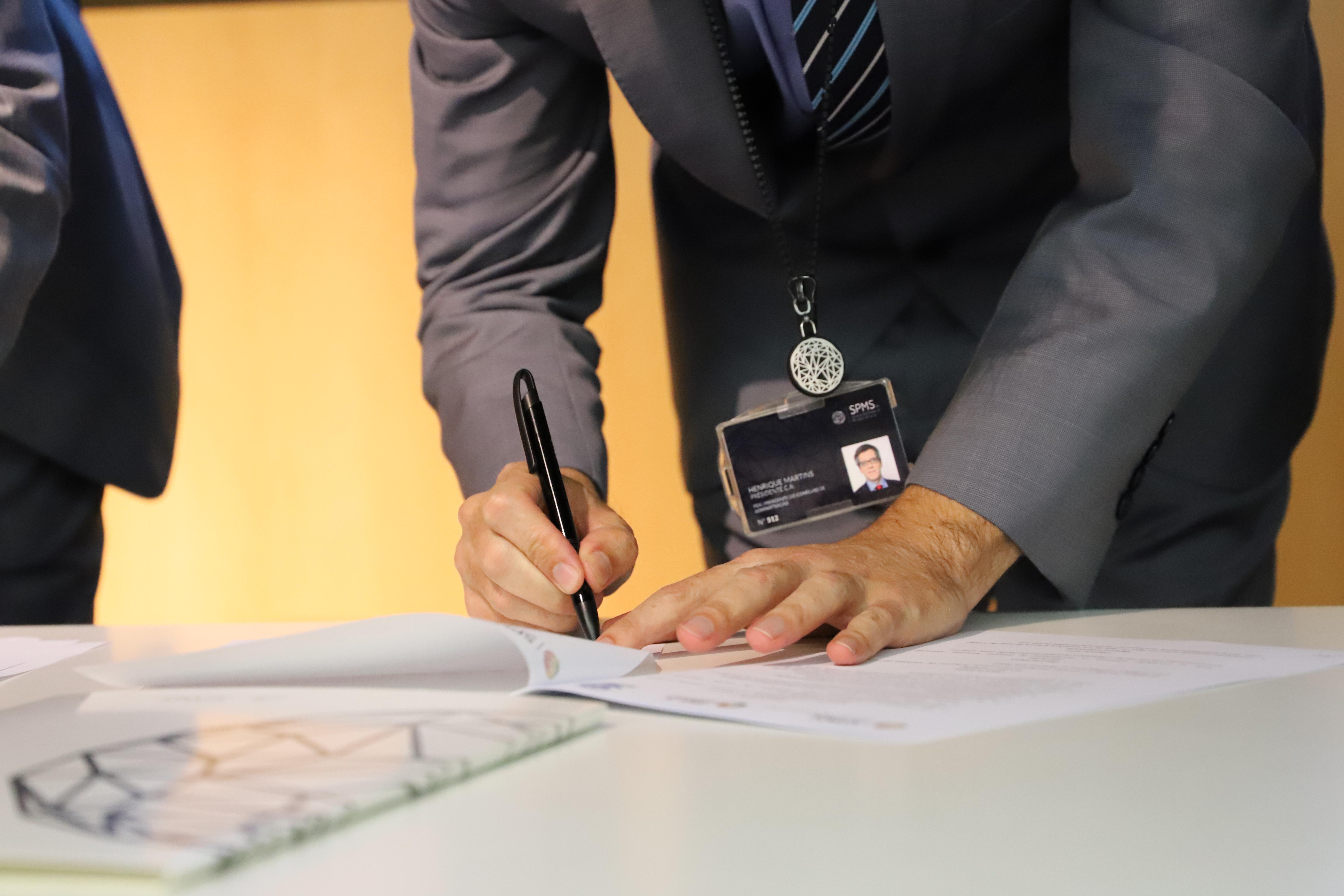 Pormenor assinatura protocolo SPMS-SPO