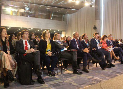 audiência no evento Inteligência artificial e robótica