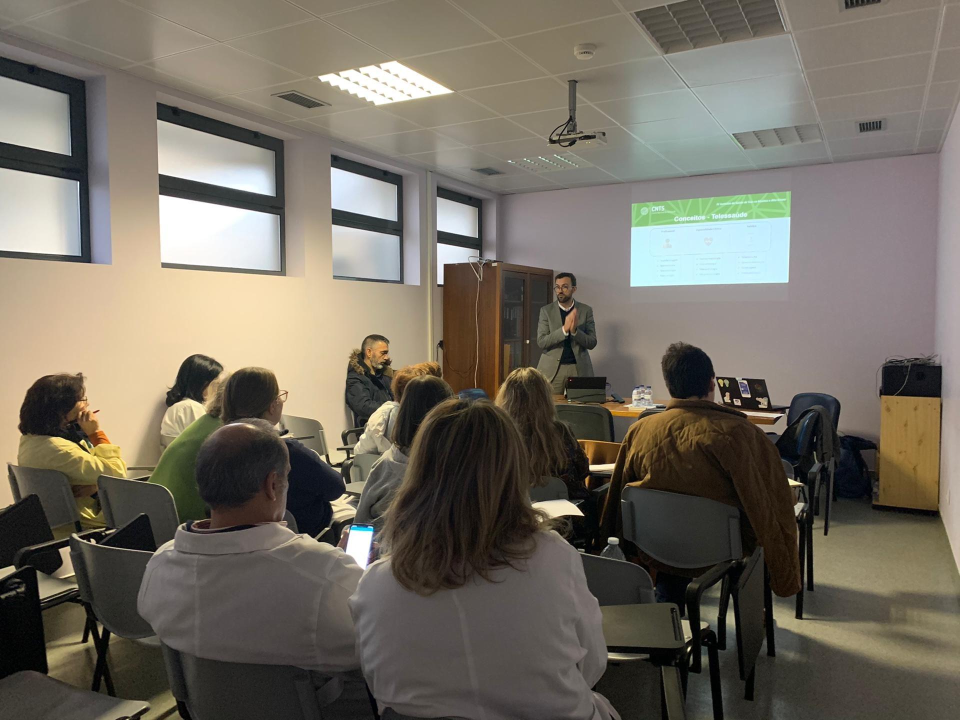 sessão de formação no Hospital de Ovar